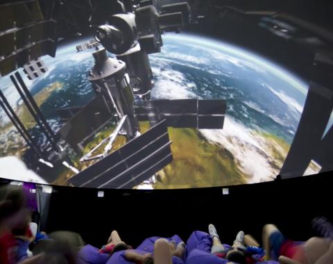 Explorando el Sistema Solar y más allá (remake)